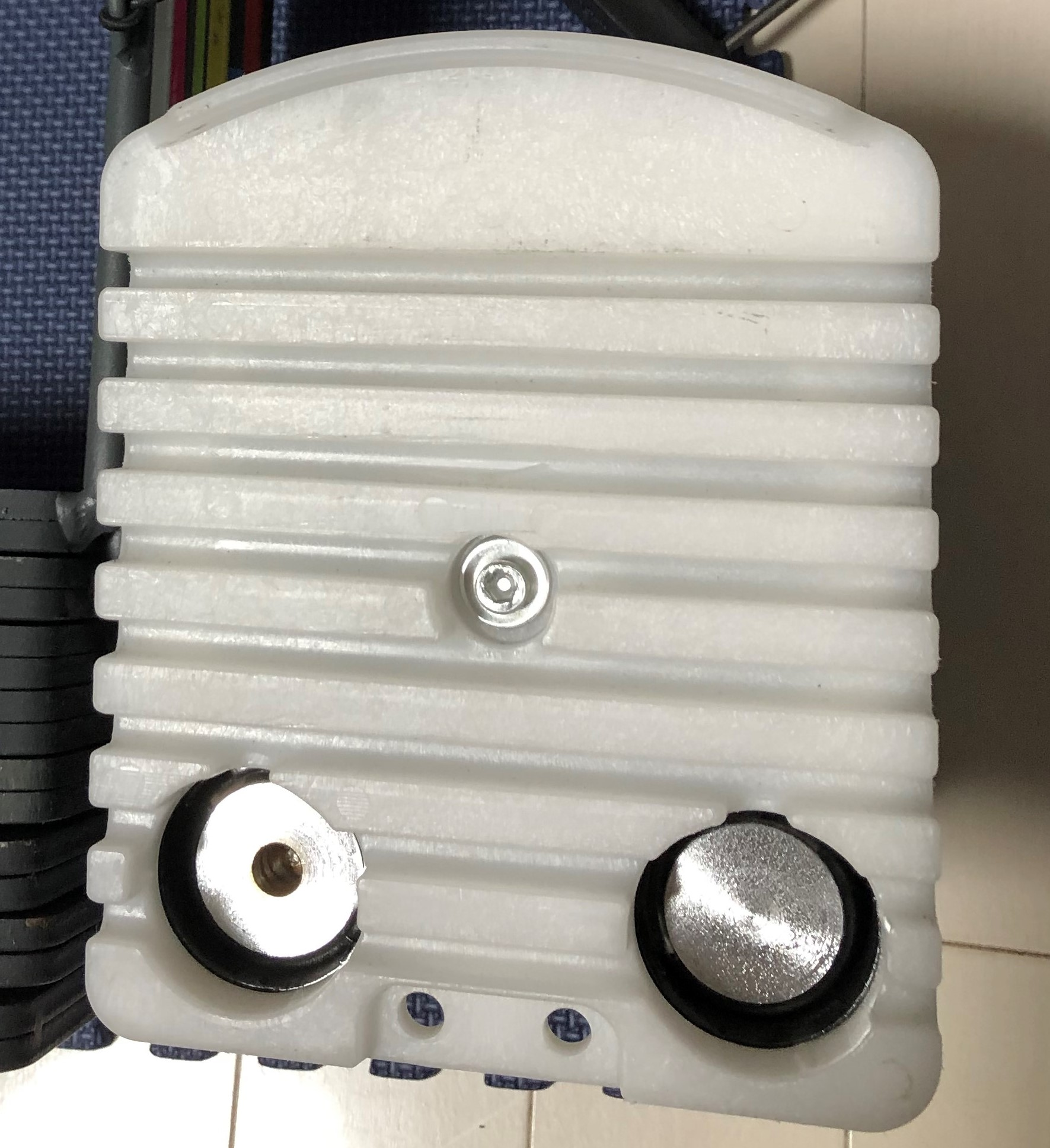 パワーブロック(類似品)のレビュー③:ダンベル内部に鉄の棒が入る設計